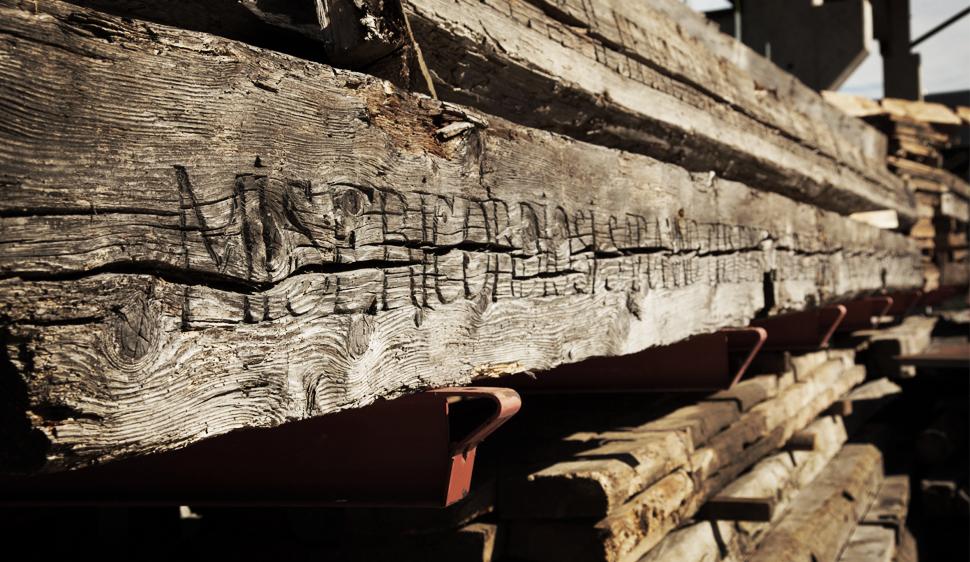 Vendita legno vecchio di recupero for Ditte di mobili